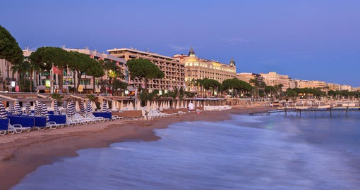 The French Riviera, or Cote d'Azur, is known for its captivating scenery, Provencal culture and cuisine