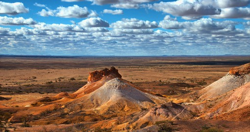 Experience the desolate beauty of the outback Australia