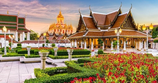 Wat Rtchanatdaram Temple is a must see on any vacation to Thailand