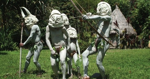 Mount Hagen mudmen - always a popular photo opportunity on all Papua New Guinea tours.