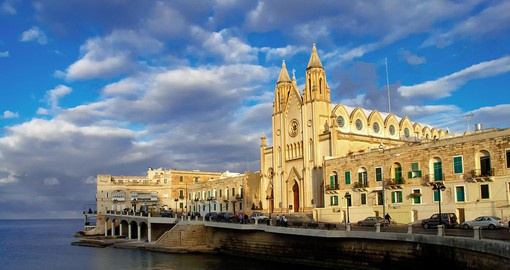 Experience the traditional architecture on your Malta tour