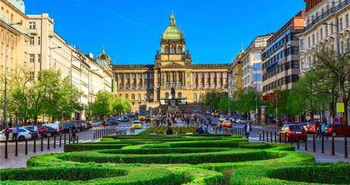 Visit to Wenceslas Square and National Museum are highlights of your Prague vacations