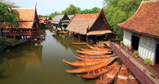 Experience the peaceful waterways of the canals in Bangkok on your Thai Vacation