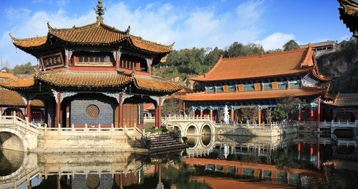 The courtyard of Yuantong Temple in Kunming