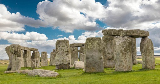 Discover Stonehenge and explore natures mysterious beauty during your next England vacations.