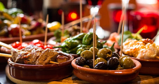 Enjoy delicious wine and tapas on your trip to Spain