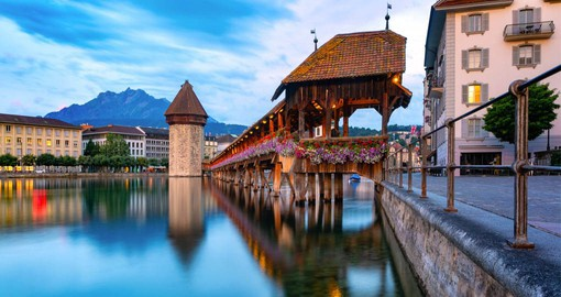 Built in 1333, Lucerne's Chapel Bridge links the Old Town with the Reuss River's right bank.