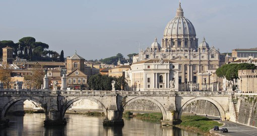 Discover the secrets of the Vatican  on your next Italy vacations.