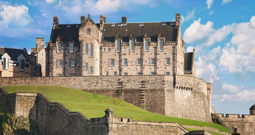 Discover Edinburgh Castle on your trip to Scotland