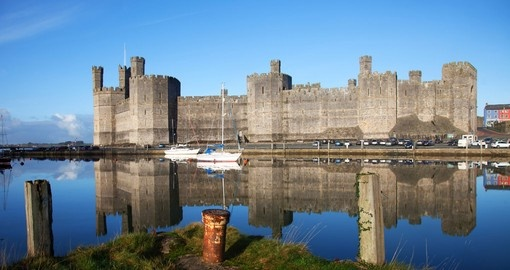 Experience the Caernarfon Castle on your next trip to England