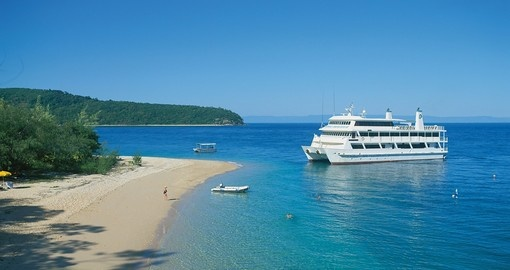 Enjoy all the wonderful amenities Pelorus Cruise can offer on your next Australia vacations.