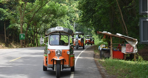 Learn to drive a tuk tuk on your Thailand Vacation