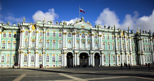 During your Europe tour package visit the Winier Palace which is home to the Hermitage Museum in St. Petersburg