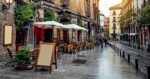 Include a visit to a tapas bar on your trip to Spain