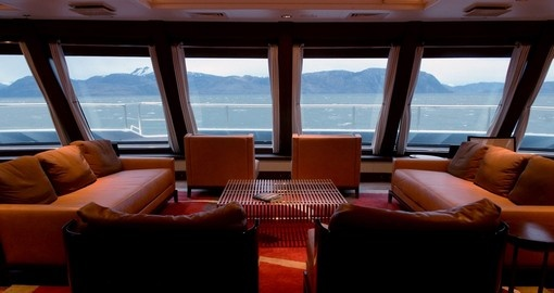 Enjoy the Yamana lounge on your vessel during your next trip to Argentina.