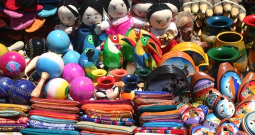 Discover the Colours of the Otavalo Market on your trip to Ecuador