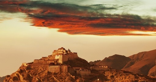 Gyantse Fortress is one of the best preserved dzongs in Tibet