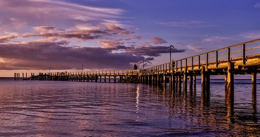 a walk on the Jetty at Kingfisher Bay Resort is part of your Australian tours