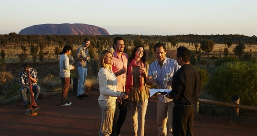 Enjoy drink and good conversations with a scenic view during your Australia Vacation