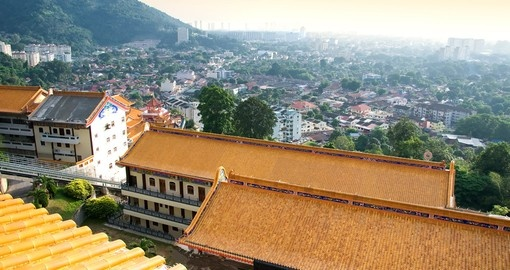 While in Penang, you can expect to be surrounded by many local shops and traditionally built houses on your Malaysia Vacation