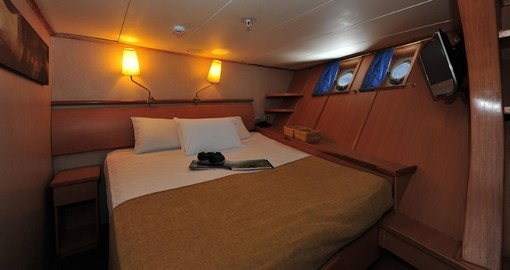 Finish the day in your Twin Cabin on your Galapagos Tour