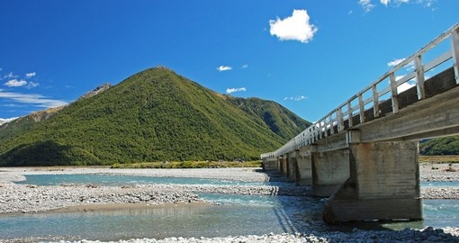 Bridge over the river Waimakariri, Arthurs Pass National Park