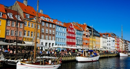 Cruise the Canals on your Copenhagen Tour