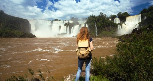 Enjoy the amazing view of Magnificent Iguassu falls on your next Argentina vacations.