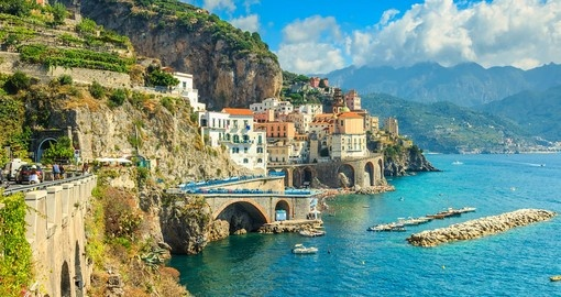 Explore gorgeous Amalfi coast on your next Italy vacations.