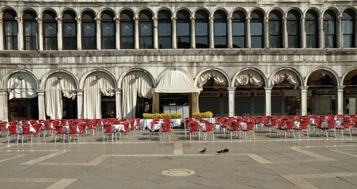 Quiet Piazza San Marco - cafes of Venice