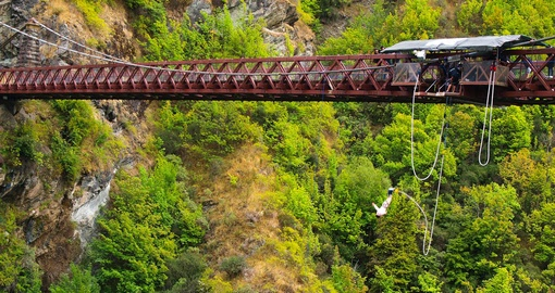 Experience the rush of plunging off Kawarau Bridge on your New Zealand Vacation