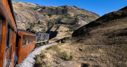 Enjoy the spectacular scenery on your Ecuador vacation packages