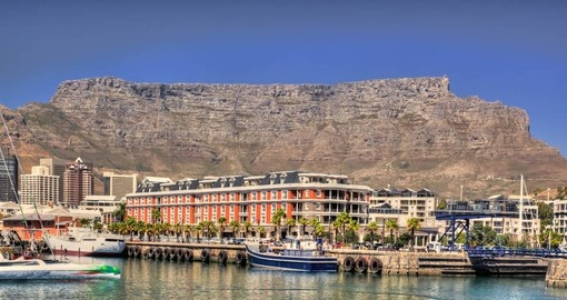 Discover Cape Town and explore the amazing city on your next trip to South Africa.