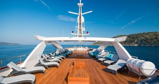 The sundeck on the Deluxe Admiral is the perfect place to relax