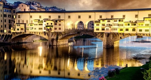 Sunset colors in Florence Ponte Vecchio