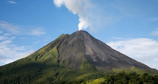 Arenal Volcano is a highlight of your costa rica vacation
