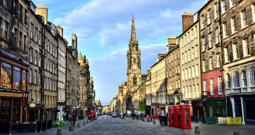 A scroll along Edinburgh's Royal Mile is a great introduction of your trip to Scotland