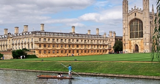 Cambridge University, King's College, Punting