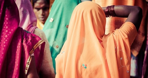 Women with colourful saris in Varanasi