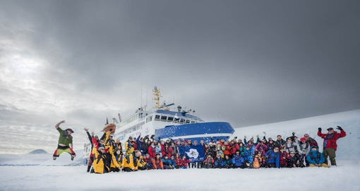 Enjoy this amazing trip with your small company on your next Antarctic tours.