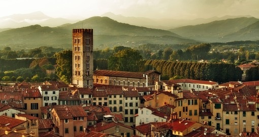 Discover small city Lucca in Tuscany on your next trip to Italy