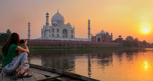Capturing the sunset over Agra