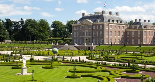 Palace and Gardens in Apeldoorn