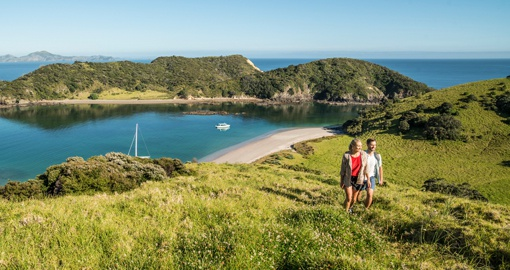 Bay Of Islands, Northland. Image courtesy of Tourism NZ and Alistair Guthrie