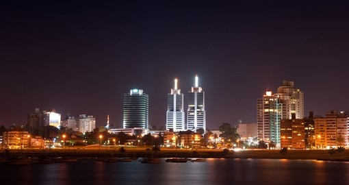 Enjoy the nightlife in Montevideo during your Uruguay vacation