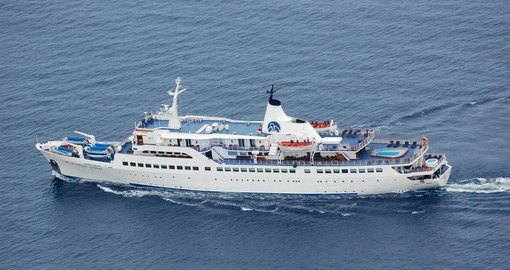 The Galapagos M/V Legend