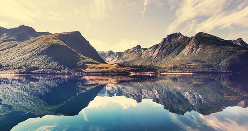 Explore magical landscape of Norway during your Norwegian vacations.