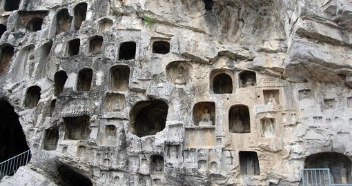 The Longmen Grottos is a great photo opportunity on all China tours