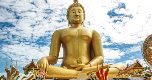 The biggest buddha statue in Thailand
