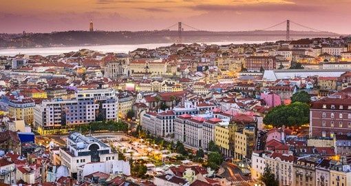 See the skyline at sunset always makes for a great photo opportunity on all Lisbon tours.